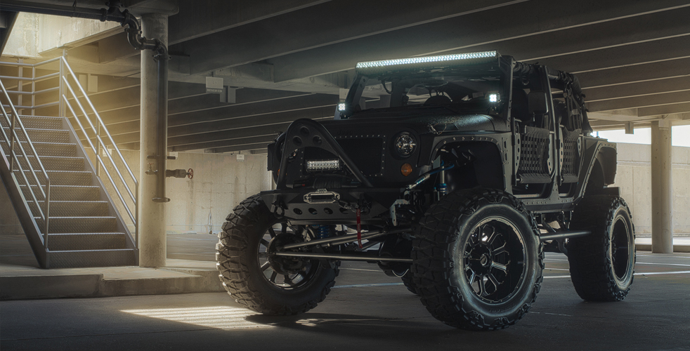 jeep wrangler unlimited full metal jacket lifestyle for men magazine men 39 s magazine for ipad. Black Bedroom Furniture Sets. Home Design Ideas
