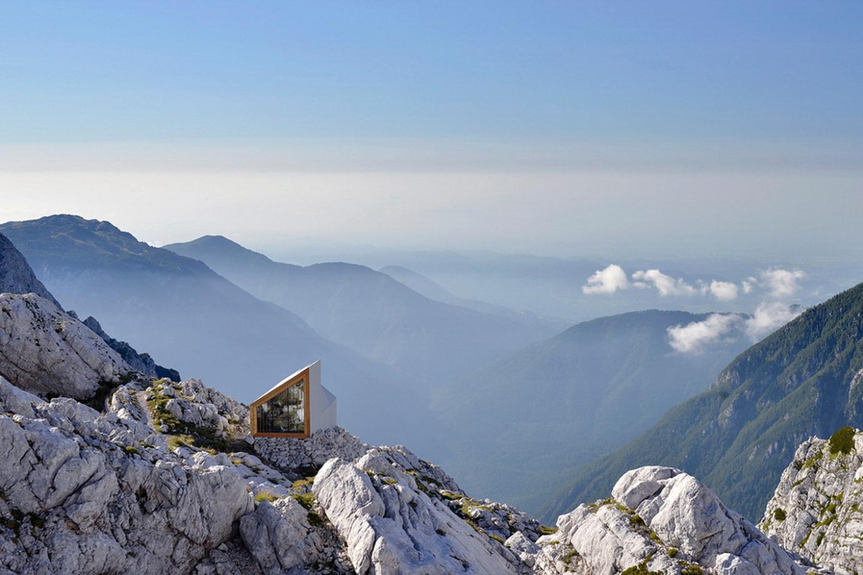 alpine-shelter-extreme-weather-5