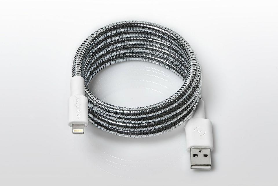 titan-lightning-cable