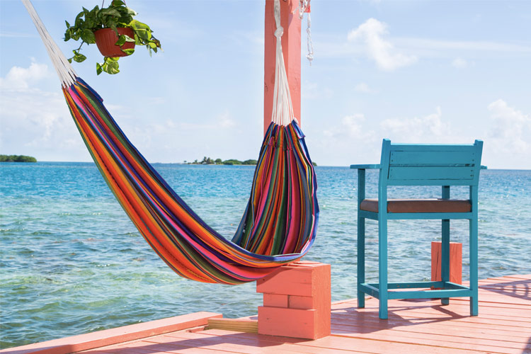 airbnb-love-this-live-there-treehouses-private-island-edit-02