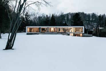 opposite-house-1