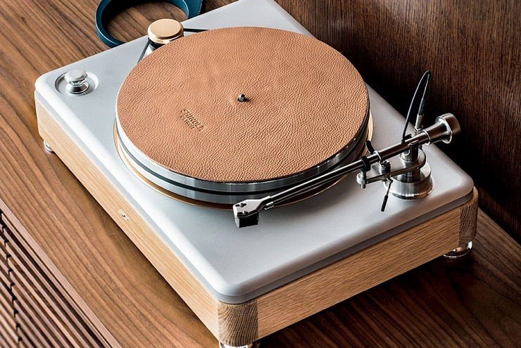 shinola-runwell-turntable-5